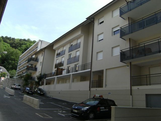 Verhuren  appartement Chambéry 461€ CC - Foto 2
