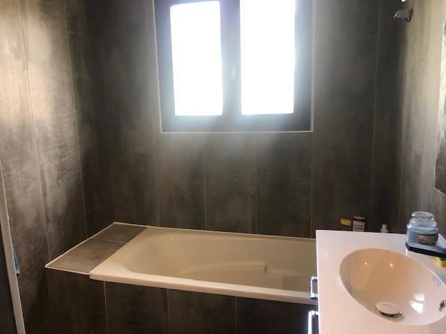 Sale house / villa Bourgoin jallieu 282000€ - Picture 6