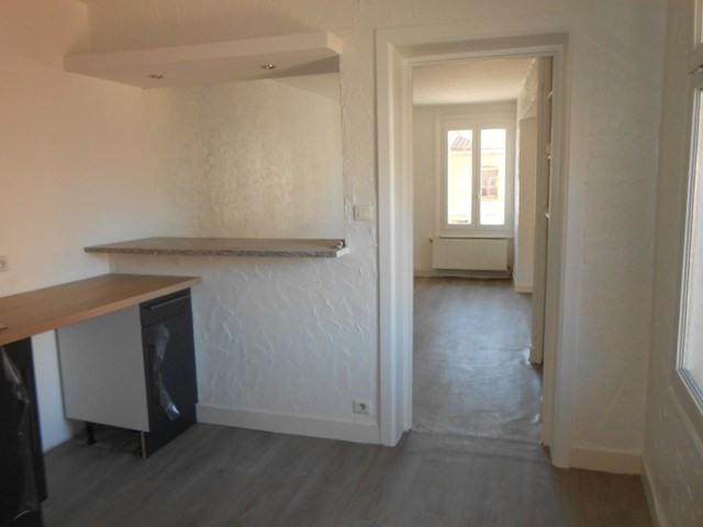 Rental apartment Montrond-les-bains 455€ CC - Picture 7