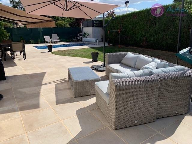 Sale house / villa Lesigny 570000€ - Picture 2
