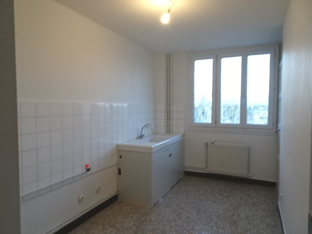 Location appartement Villefranche 665€ CC - Photo 3