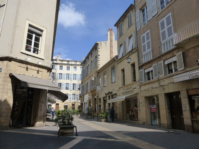 Location appartement Aix en provence 750€ CC - Photo 8
