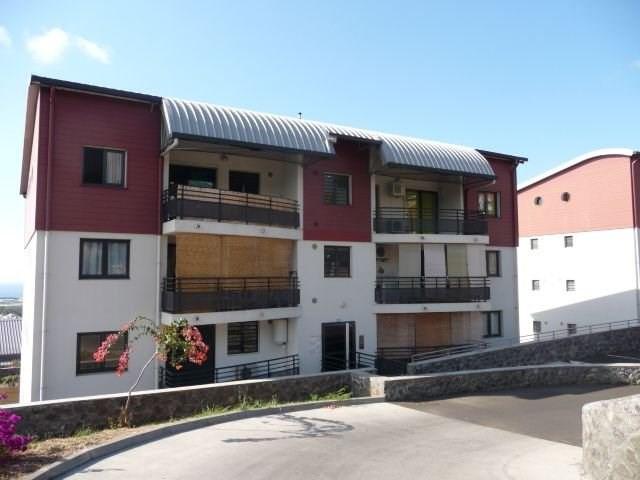 Location appartement La possession 550€ CC - Photo 1