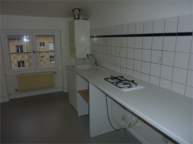 Location appartement Toul 420€ CC - Photo 3