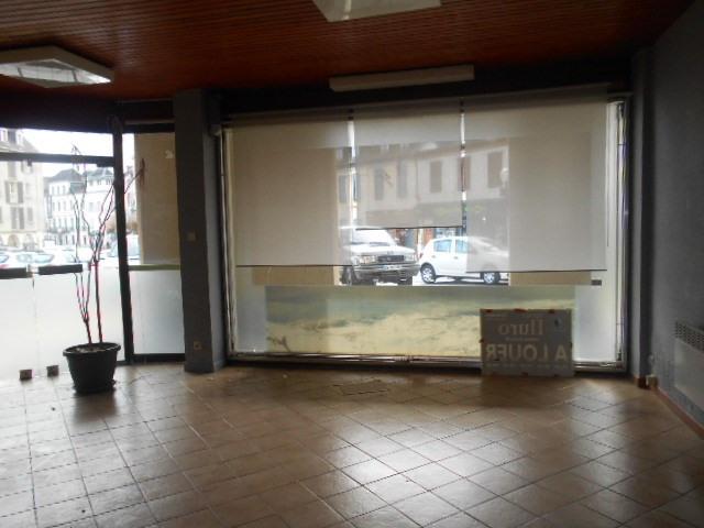 Sale empty room/storage Oloron sainte marie 38000€ - Picture 1