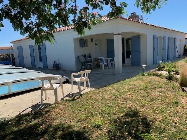 Sale house / villa St vincent sur jard 309000€ - Picture 1