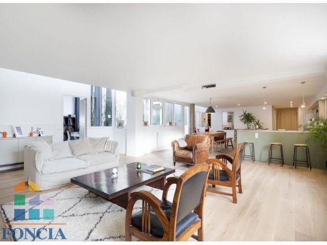 Deluxe sale apartment Suresnes 895000€ - Picture 1
