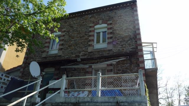 Sale building Andrezieux-boutheon 230 000€ - Picture 1