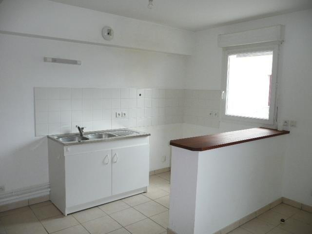 Sale apartment Aubigny sur nere 67000€ - Picture 4