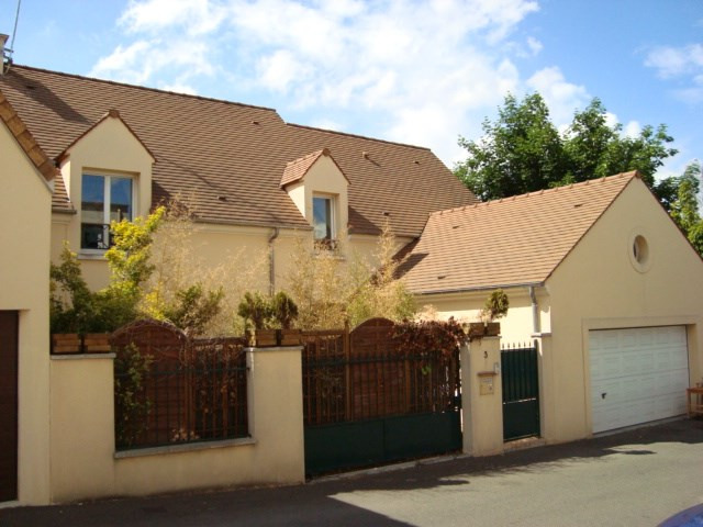 Rental house / villa Marly le roi 3 000€ CC - Picture 1