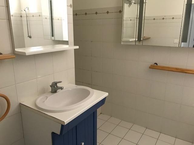 Rental apartment La roche sur yon 481€ CC - Picture 3