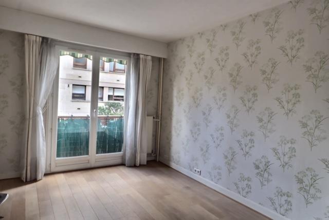 Sale apartment Versailles 650000€ - Picture 7