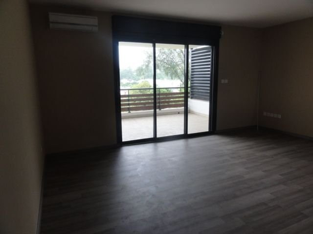 Location appartement Ste clotilde 425€ CC - Photo 1