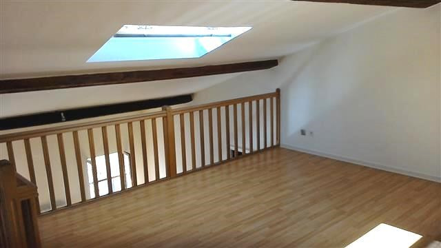 Location appartement Villefranche sur saone 540€ CC - Photo 5