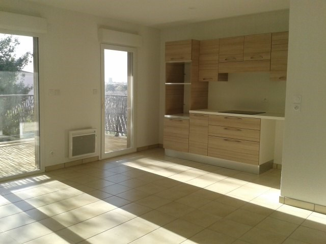 Location appartement Fréjus 917€ CC - Photo 1