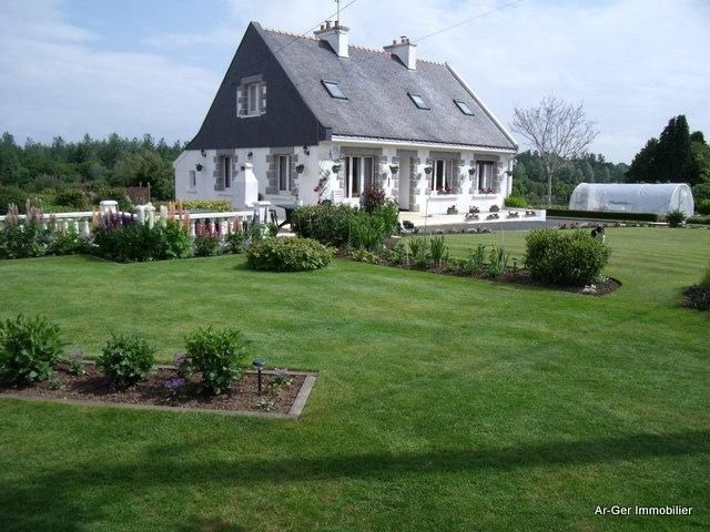 Sale house / villa Rostrenen 139 100€ - Picture 3