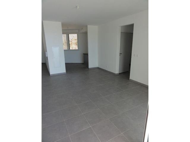 Location appartement St denis 795€ CC - Photo 9