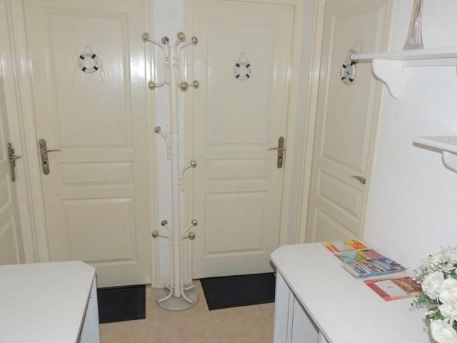 Location vacances maison / villa Vaux sur mer 390€ - Photo 14