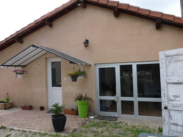 Revenda casa Precieux 127000€ - Fotografia 1
