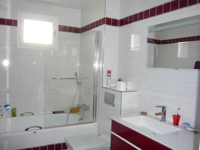 Sale house / villa St germain les corbeil 570000€ - Picture 8