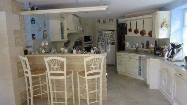 Sale house / villa Saint-jean-d'angély 582400€ - Picture 4