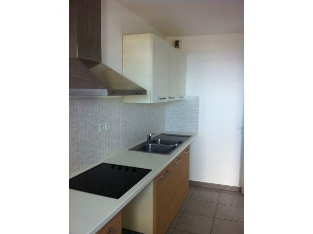Location appartement Ste clotilde 828€ CC - Photo 4