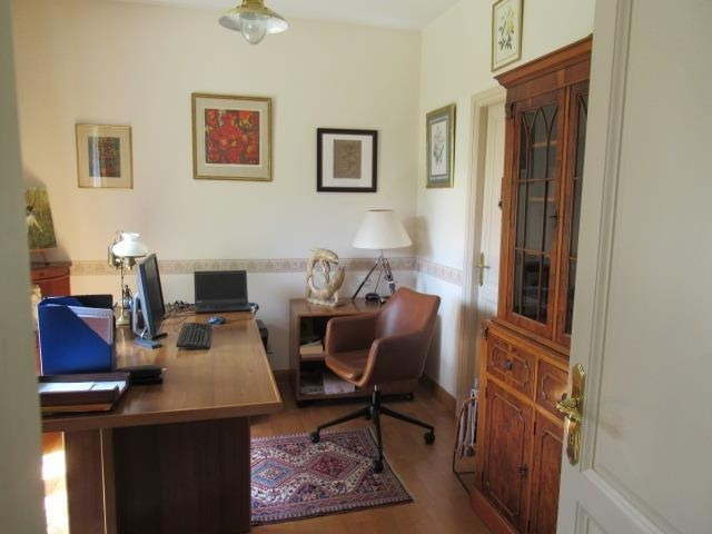 Sale house / villa Beaucouze 357 000€ - Picture 3