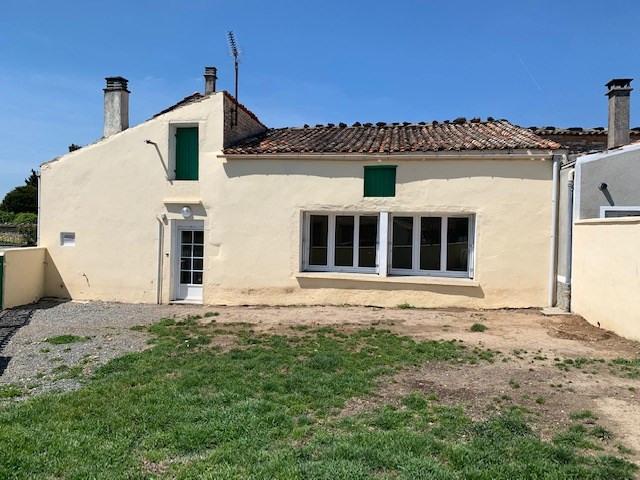 Rental house / villa Prahecq 320€ CC - Picture 1
