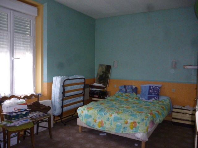 Sale house / villa Marcon 139500€ - Picture 7