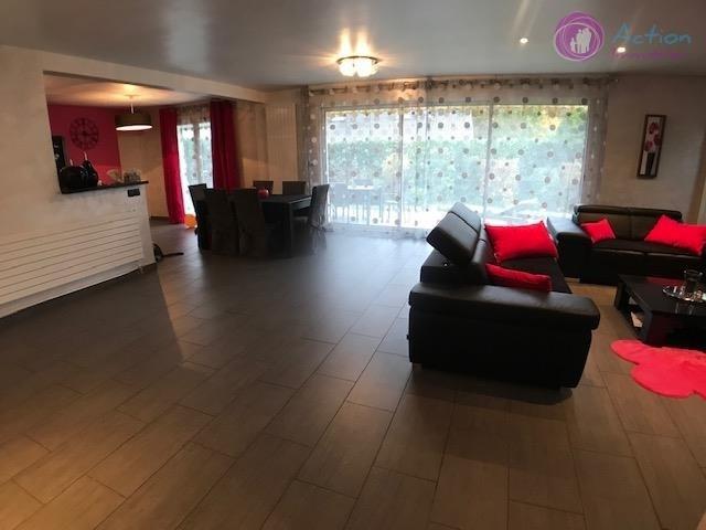 Sale house / villa Lesigny 465000€ - Picture 3