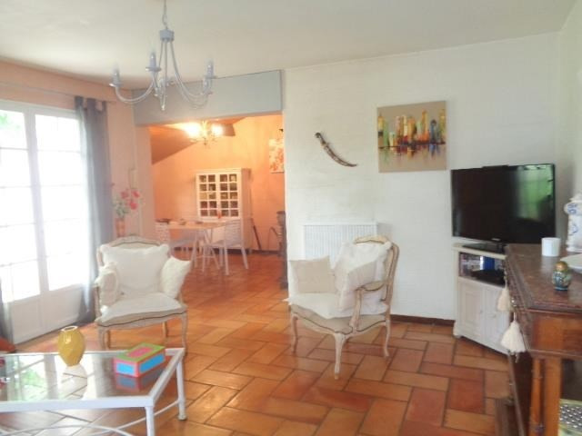 Sale house / villa Saint andre de cubzac 233 000€ - Picture 4