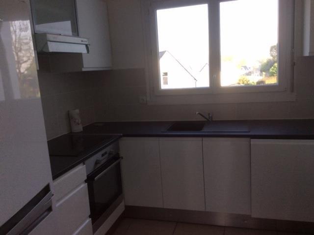 Rental apartment Larmor baden 690€ CC - Picture 2