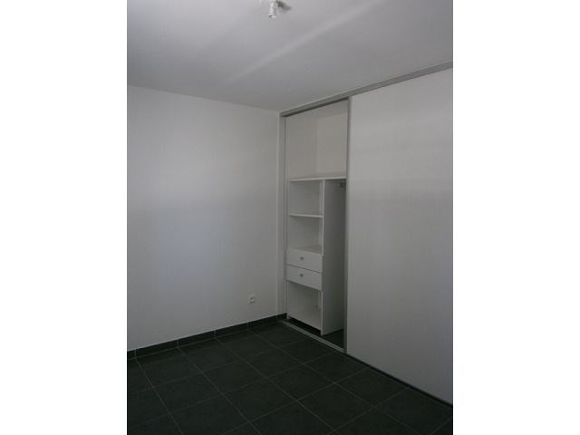 Location appartement St denis 595€ CC - Photo 5