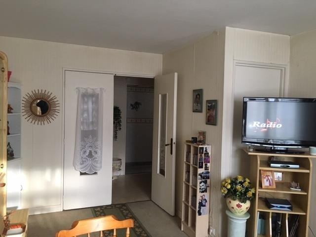 Sale apartment Maisons-laffitte 275 000€ - Picture 3