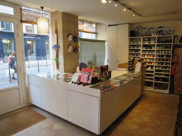 Commercial lease transfer shop Paris 4ème 320000€ - Picture 2