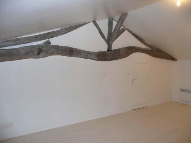 Sale house / villa Saint-jean-d'angély 299620€ - Picture 8