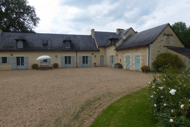 Deluxe sale house / villa Angers 685 000€ - Picture 2
