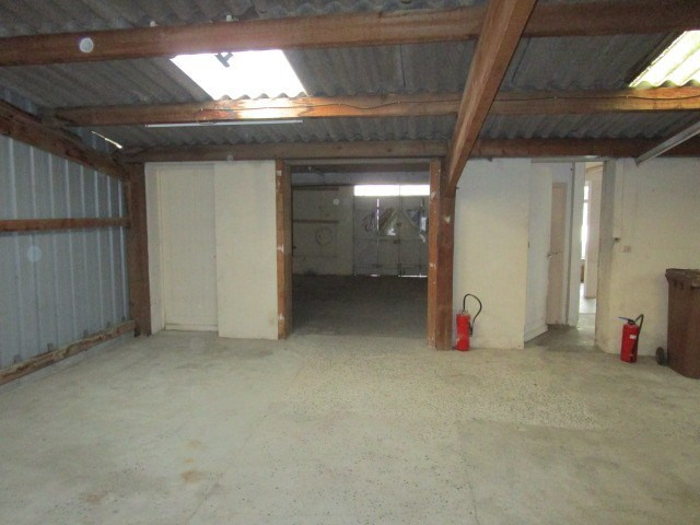Location local commercial St lo 600€ HC - Photo 4