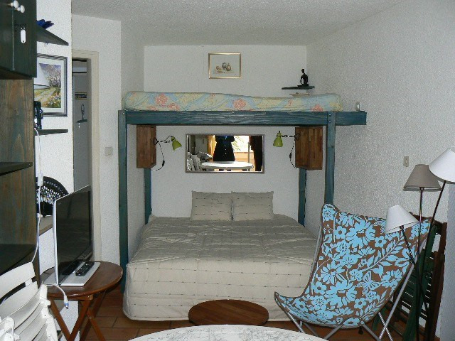Vacation rental apartment Bandol 340€ - Picture 4