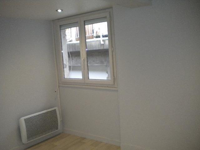 Location appartement Grenoble 358€ CC - Photo 3