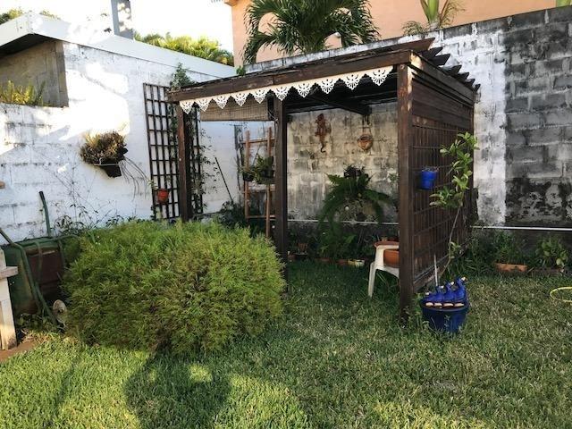 Sale house / villa Ste marie 380000€ - Picture 2