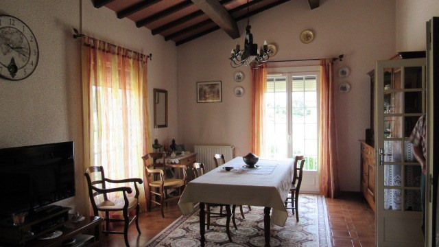 Vente maison / villa St jean d'angely 190 800€ - Photo 5