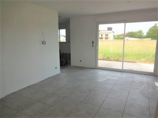 Rental house / villa Saint-jory 790€ CC - Picture 1
