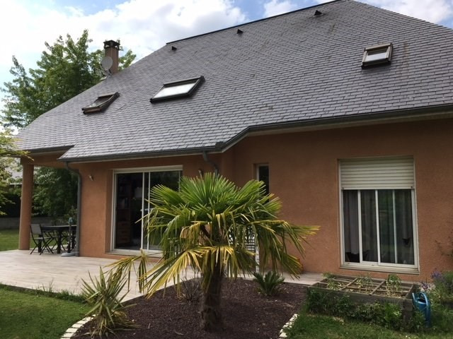 Sale house / villa Louey 244000€ - Picture 1
