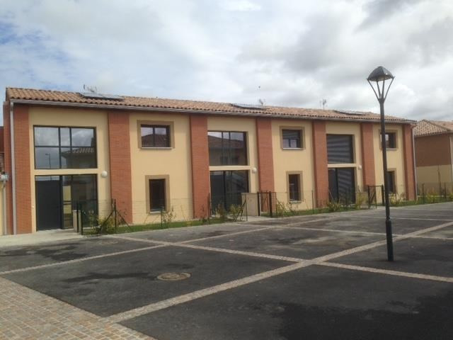 Rental apartment Labarthe sur leze 863€ CC - Picture 1