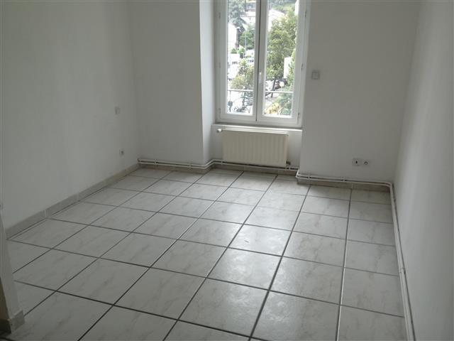 Location appartement Saint etienne 485€ CC - Photo 4