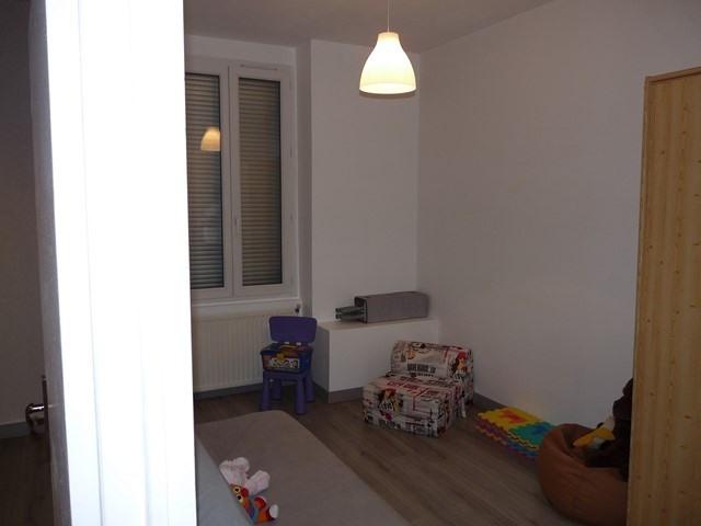Venta  apartamento Saint-genest-lerpt 135000€ - Fotografía 5