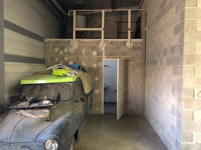 Rental empty room/storage Six fours les plages 1800€ HT/HC - Picture 4
