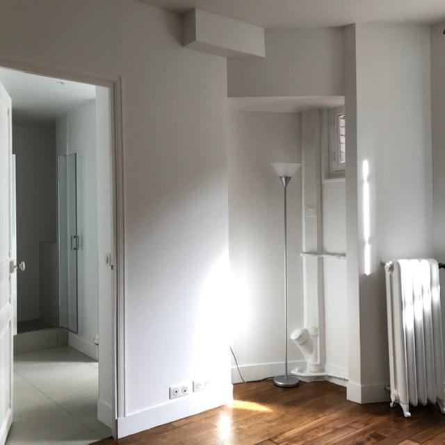 Locação apartamento Paris 6ème 1906€ CC - Fotografia 10