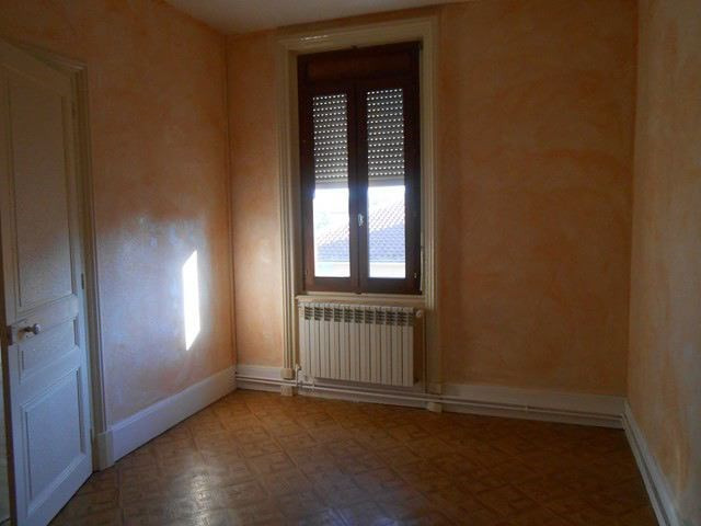Location appartement Sury-le-comtal 350€ CC - Photo 5